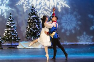 2017 Clara and Nutcracker soldier in a close embrace