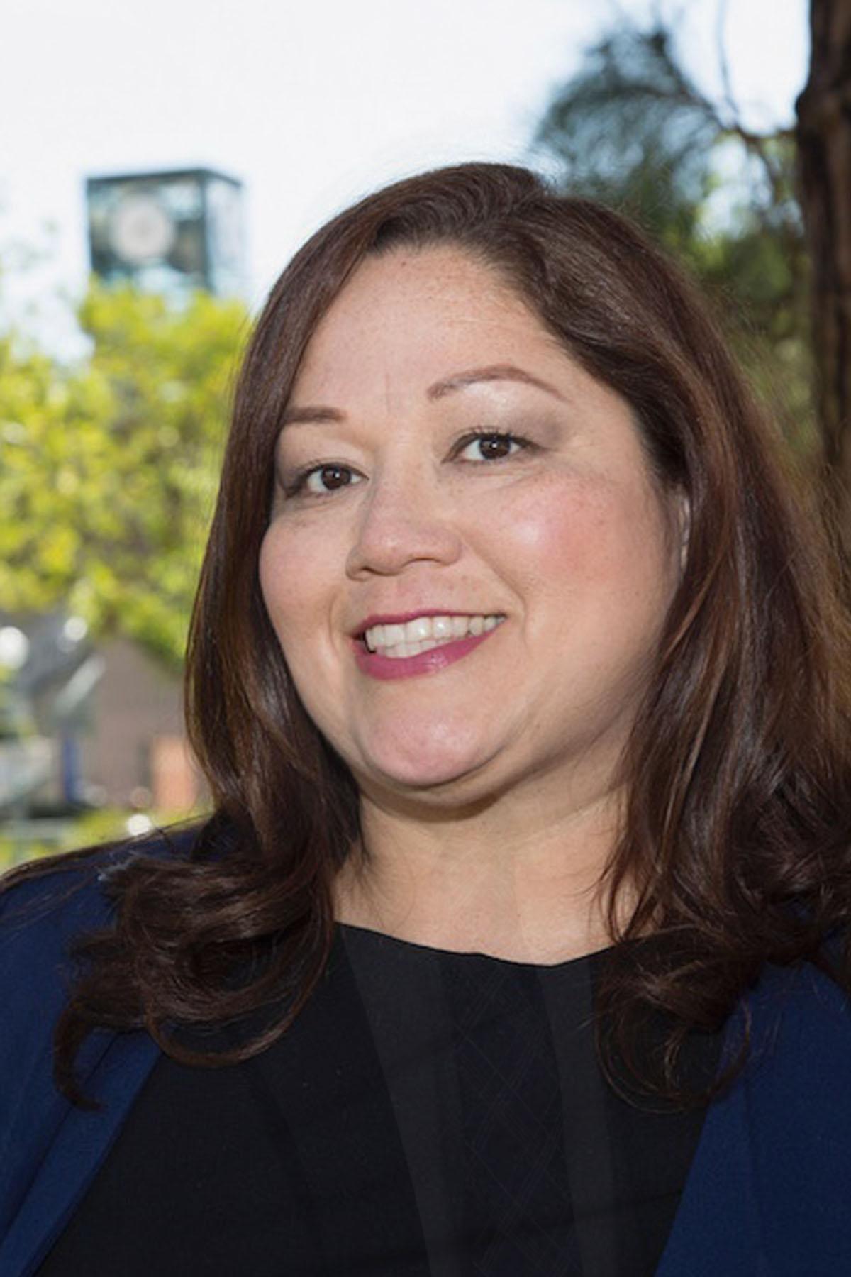 Dr. Cynthia Olivio