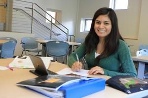 photo-student studying
